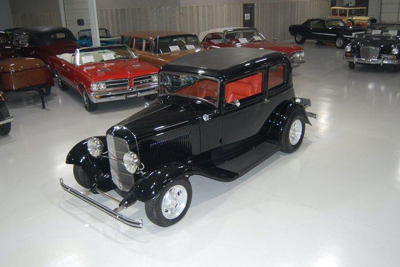 1932 Ford Victoria Street Rod