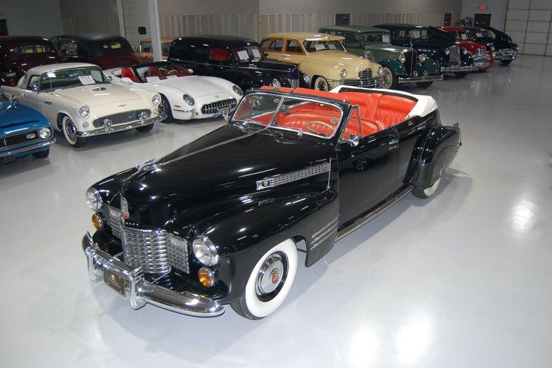 1941 Cadillac Series 62 DeLuxe Convertible Sedan