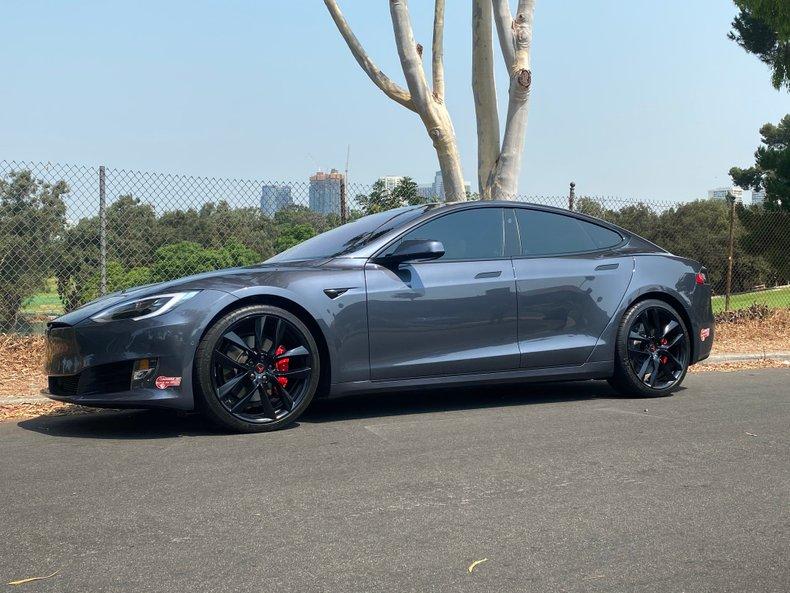 2018 Tesla P100D