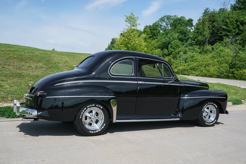 1947 Ford Super Deluxe
