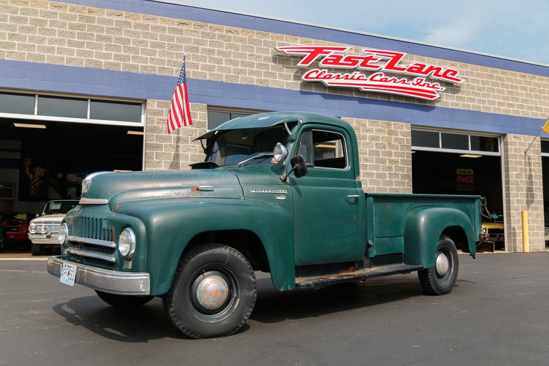 1951 International Harvester L-110
