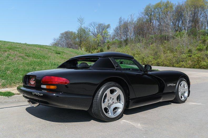 1999 Dodge Viper