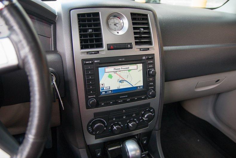 2006 Chrysler 300C SRT-8