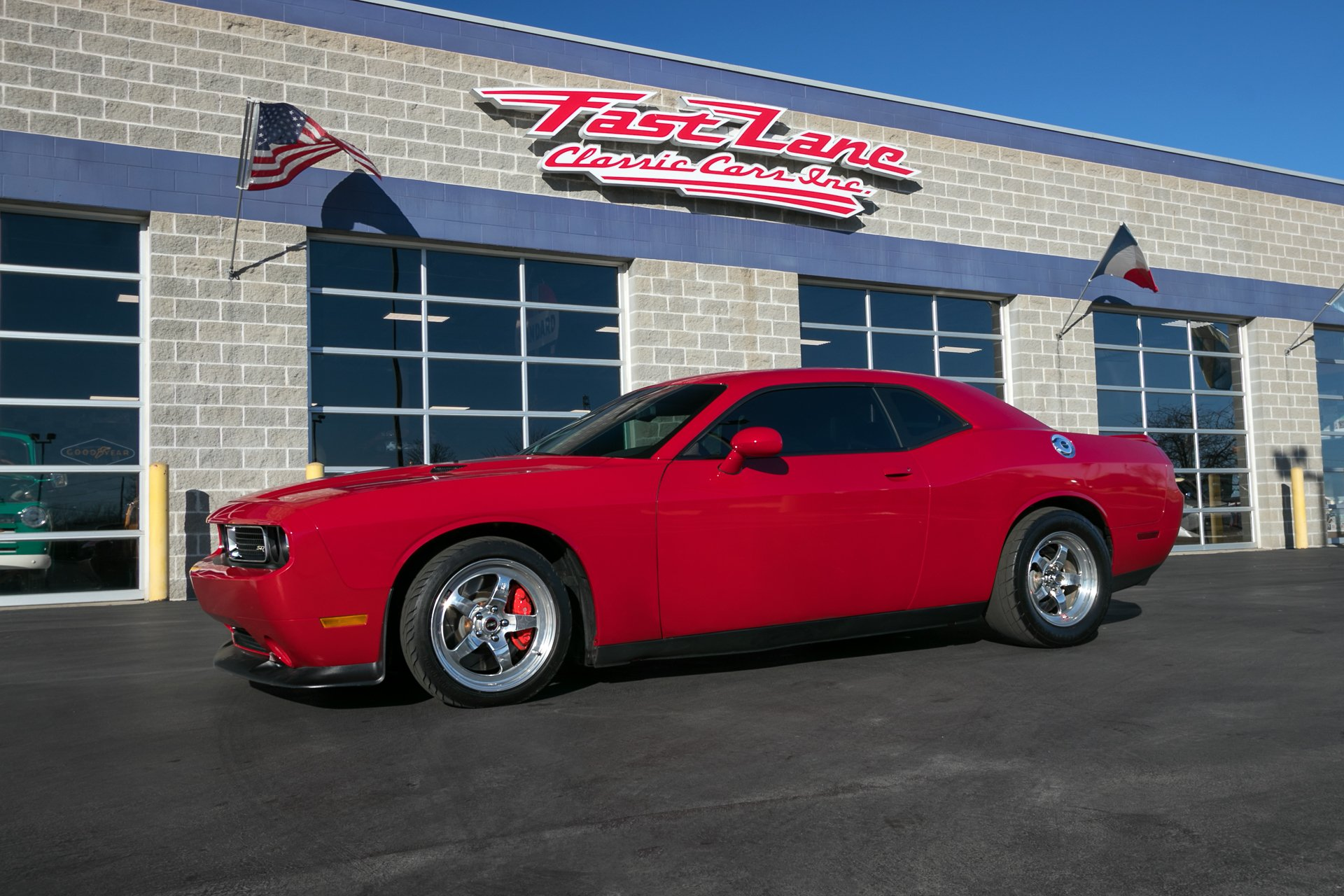 2012 dodge challenger srt 8