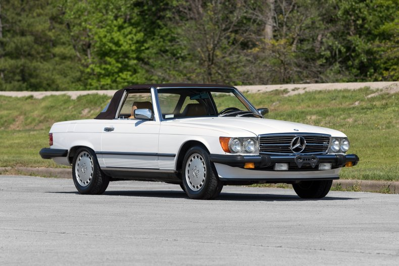 1988 Mercedes-Benz 560 SL