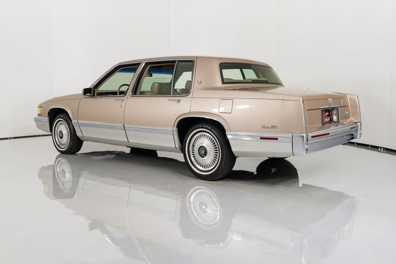 1991 Cadillac Sedan DeVille