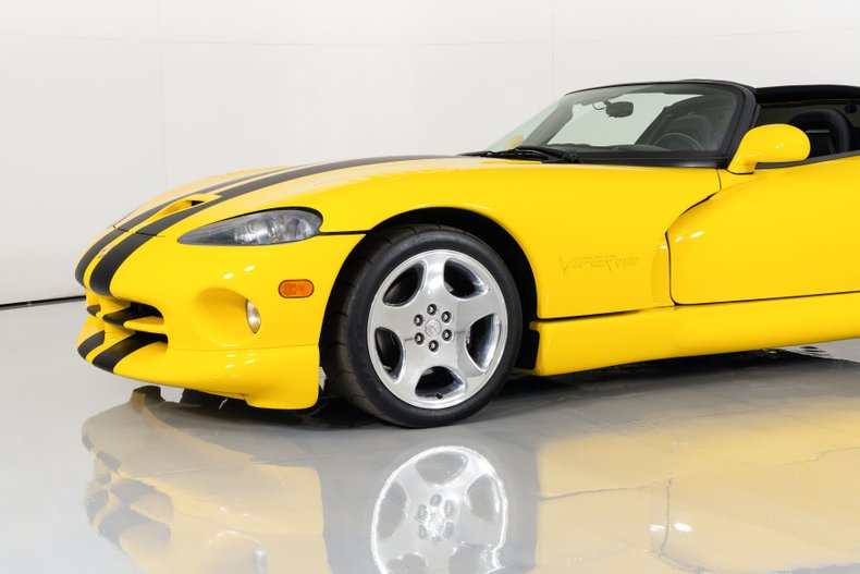 2002 Dodge Viper RT10