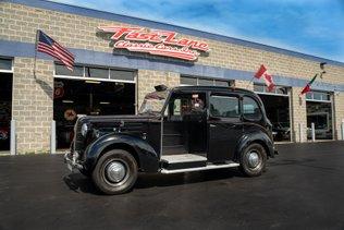 1957 Austin FX3 Taxi Cab