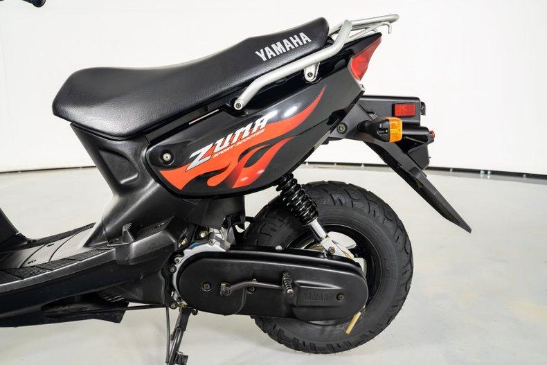 2005 Yamaha Zuma Scooter
