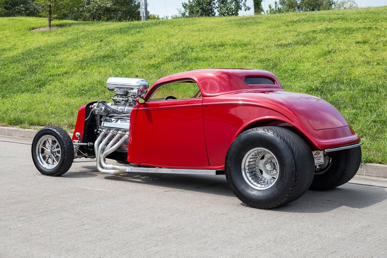 1933 Ford 3-Window