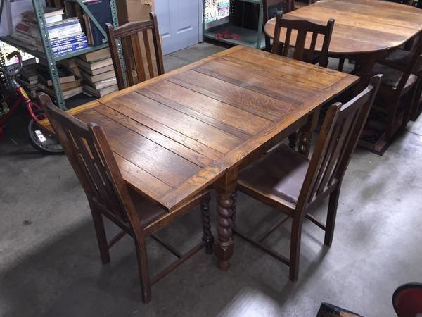 Beautiful Antique Buffet And Dining Table Set