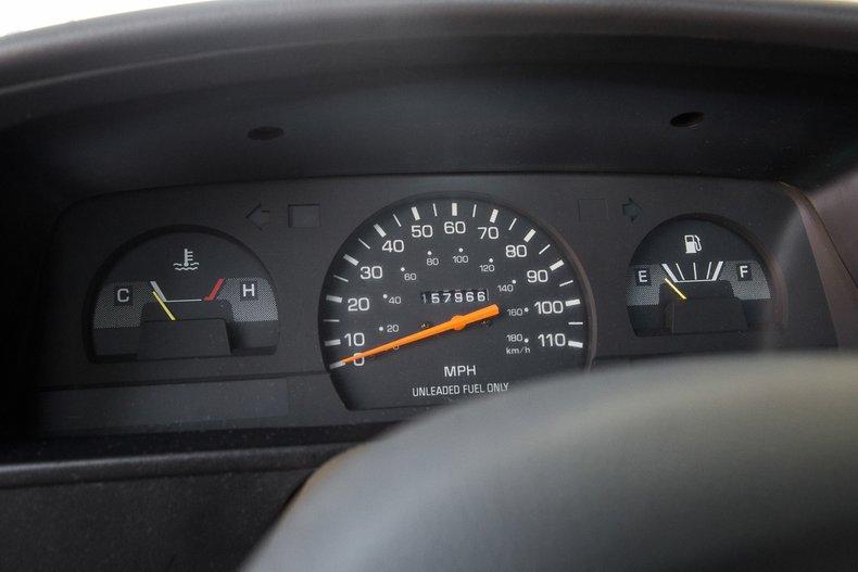 1992 Toyota DLX