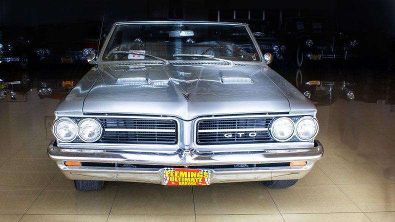 1964 Pontiac GTO 9