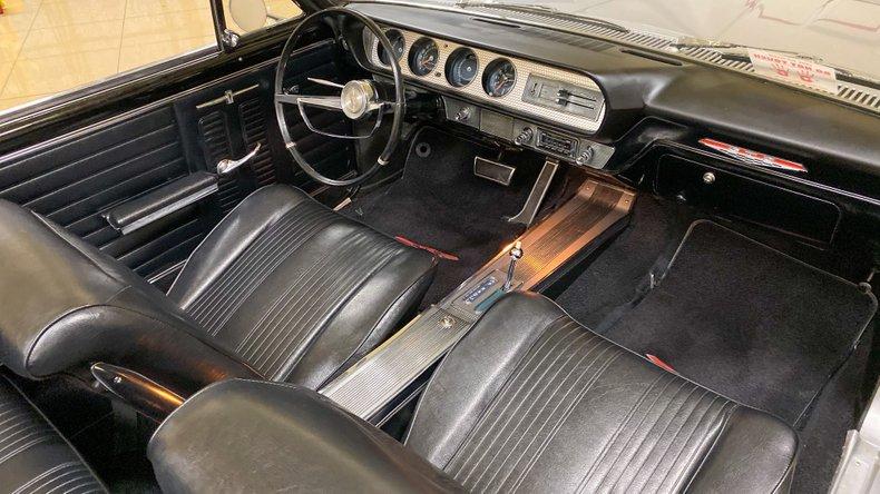 1964 Pontiac GTO 30