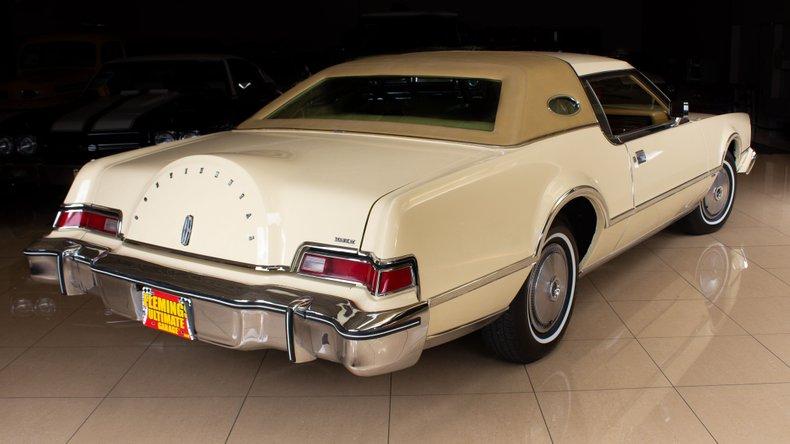 1976 Lincoln Continental 4