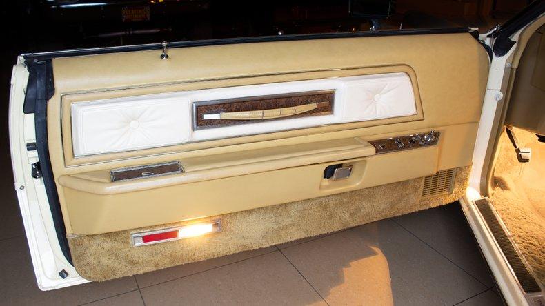 1976 Lincoln Continental 12