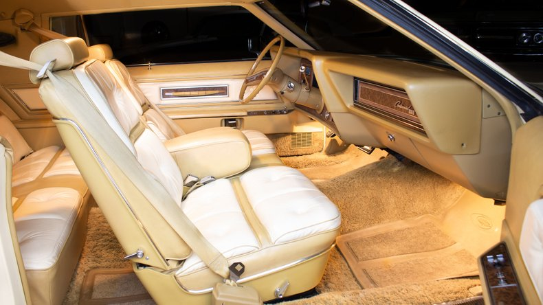 1976 Lincoln Continental 14