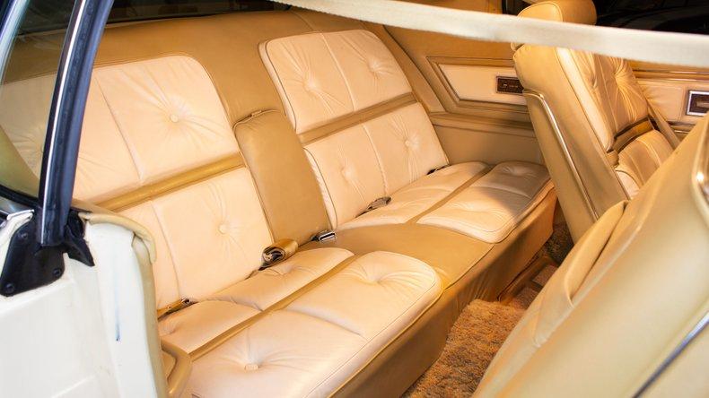 1976 Lincoln Continental 16
