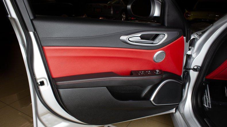 2018 Alfa Romeo Giulia 16