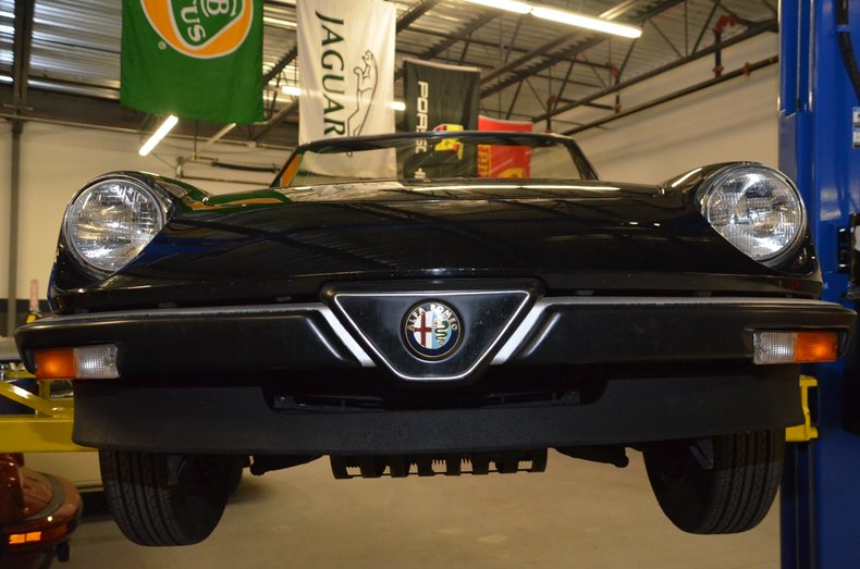 1987 Alfa Romeo Veloce spyder 45