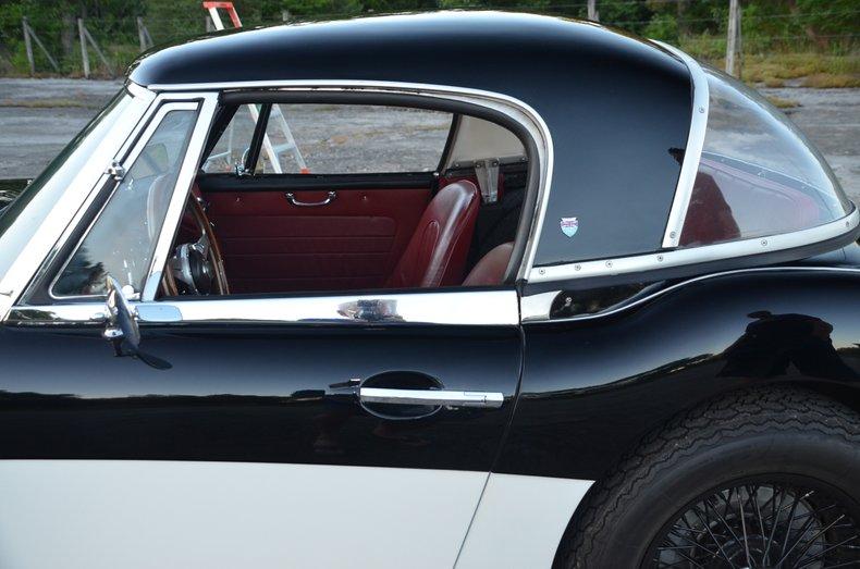 1963 Austin Healey 3000 13