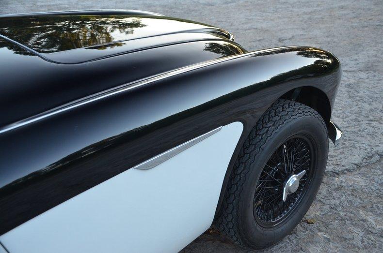 1963 Austin Healey 3000 9