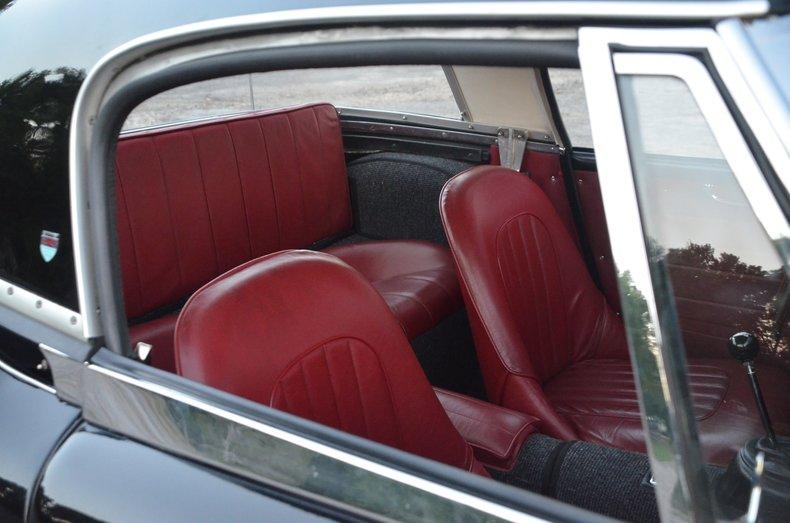 1963 Austin Healey 3000 17