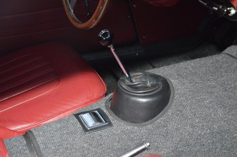1963 Austin Healey 3000 28