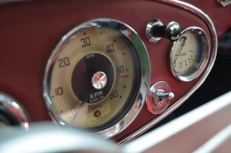 1963 Austin Healey 3000 30