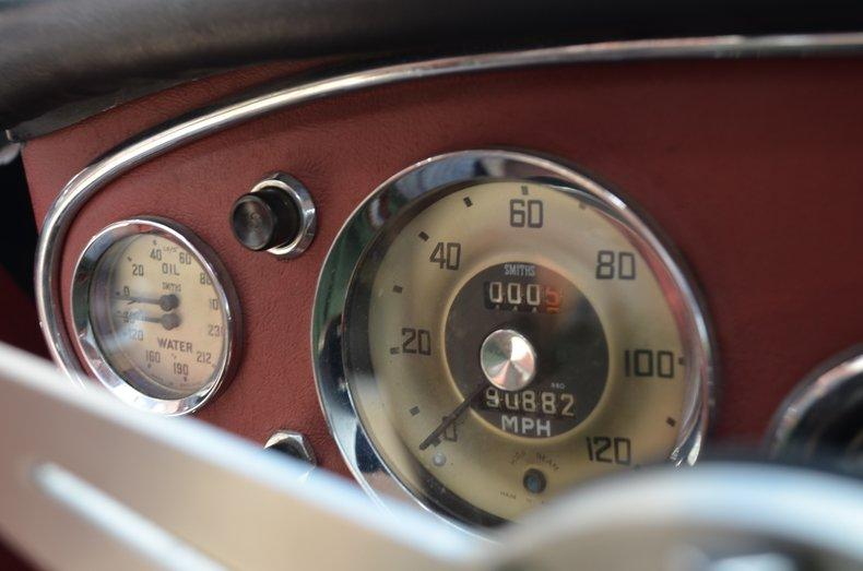 1963 Austin Healey 3000 27