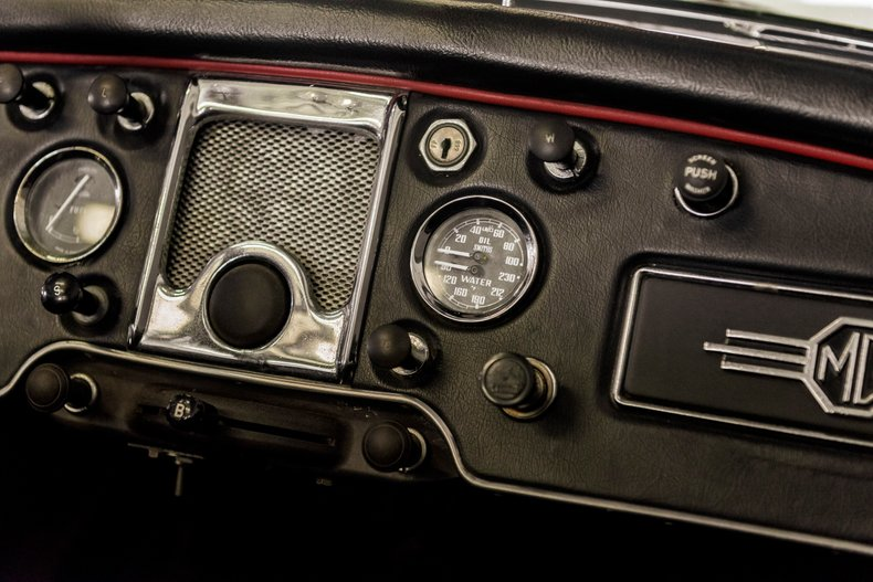 1962 MG MGA MKII ROADSTER 20