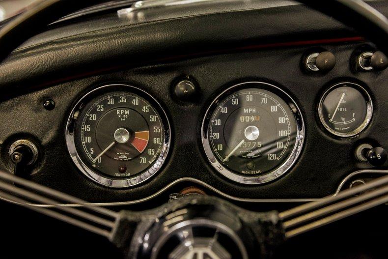 1962 MG MGA MKII ROADSTER 22