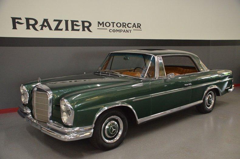 1966 Mercedes-Benz 220 SE Coupe