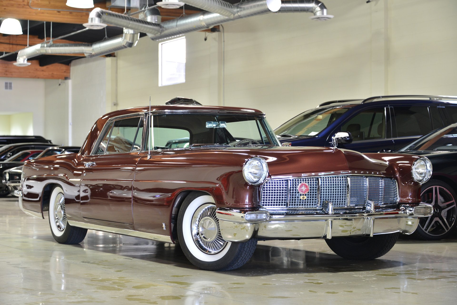 1956 Lincoln Continental Fusion Luxury Motors