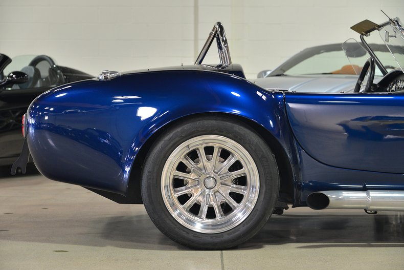 2004 Cobra 427R