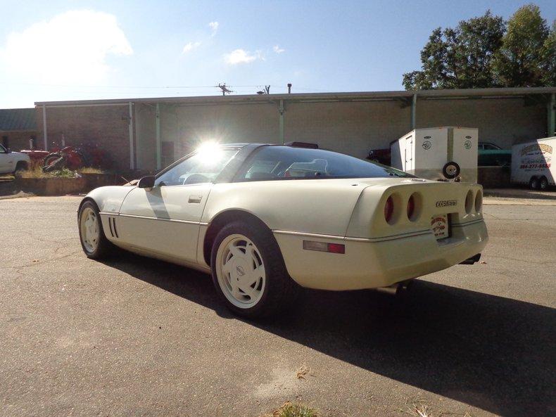 1988 chevrolet corvette 35th anniversary coupe