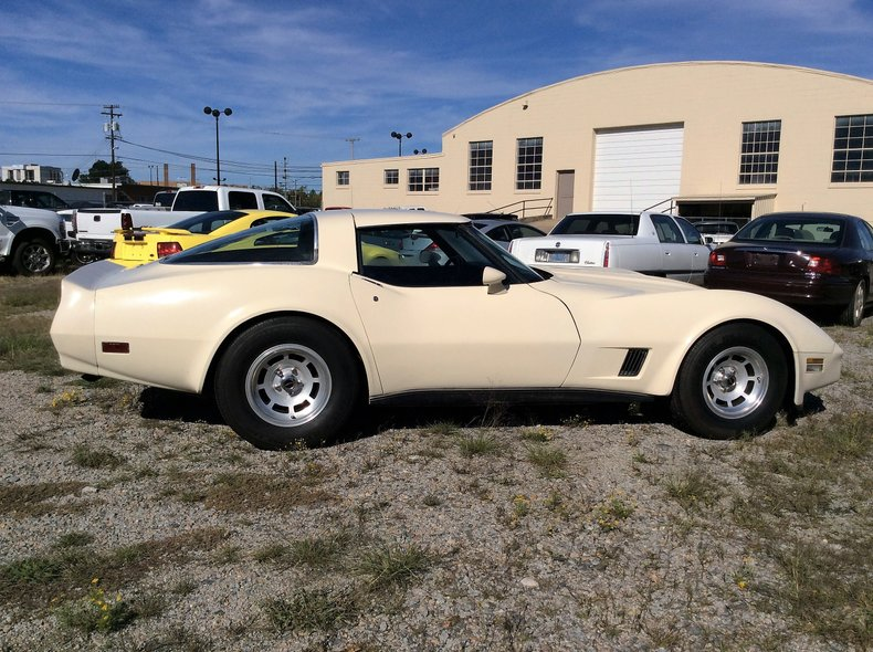 1980 chevrolet corvette t top