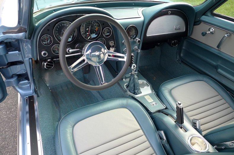1967 chevrolet corvette resto mod