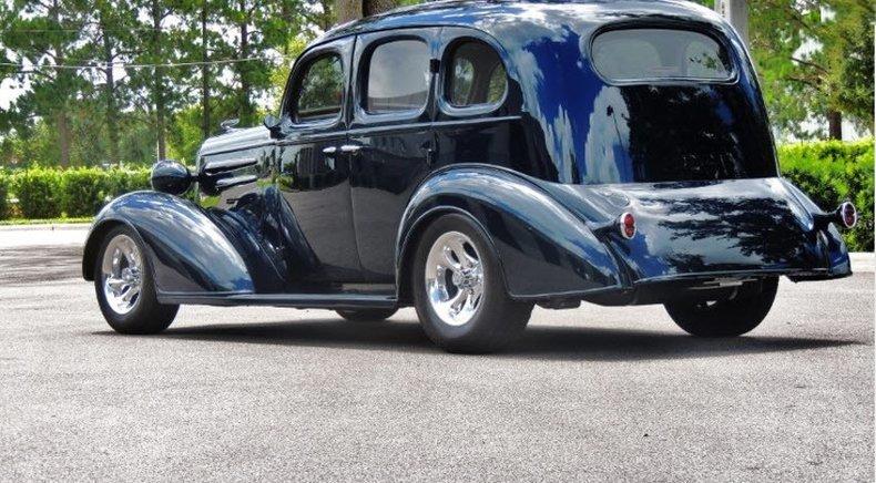 1936 chevrolet sedan street rod
