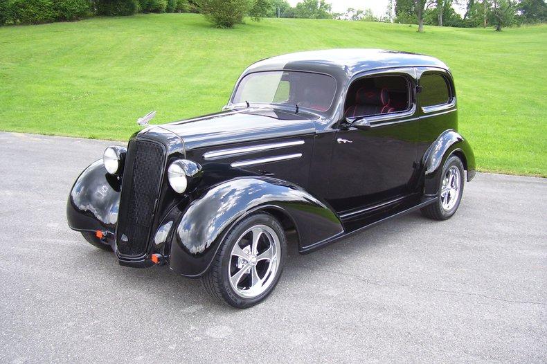 1935 Chevrolet Master Deluxe Coach