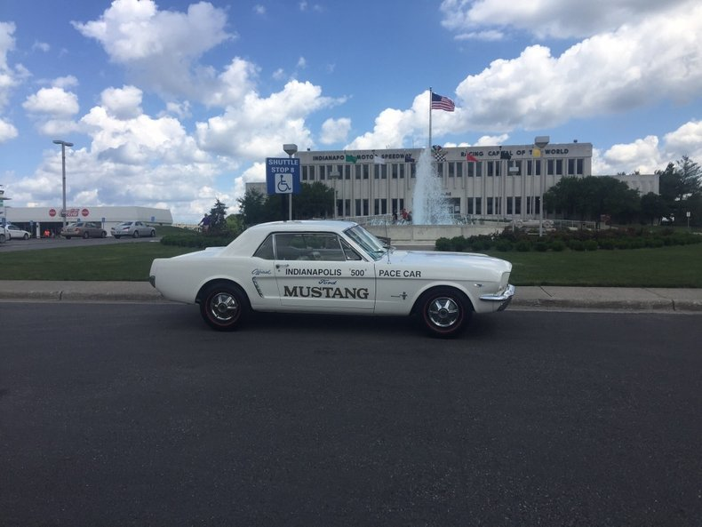 1965 ford mustang indianapolis 500 pace car replica
