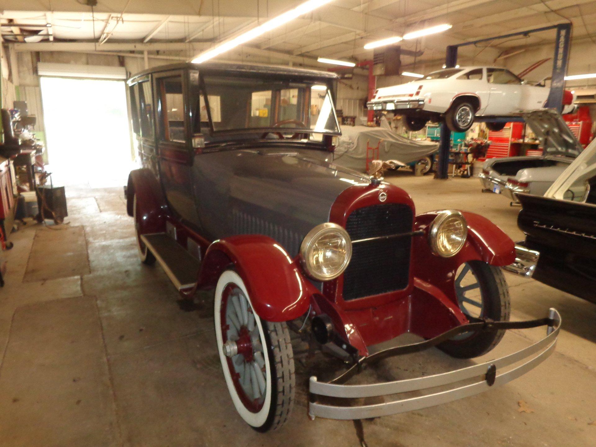 1922 studebaker bix six sedan