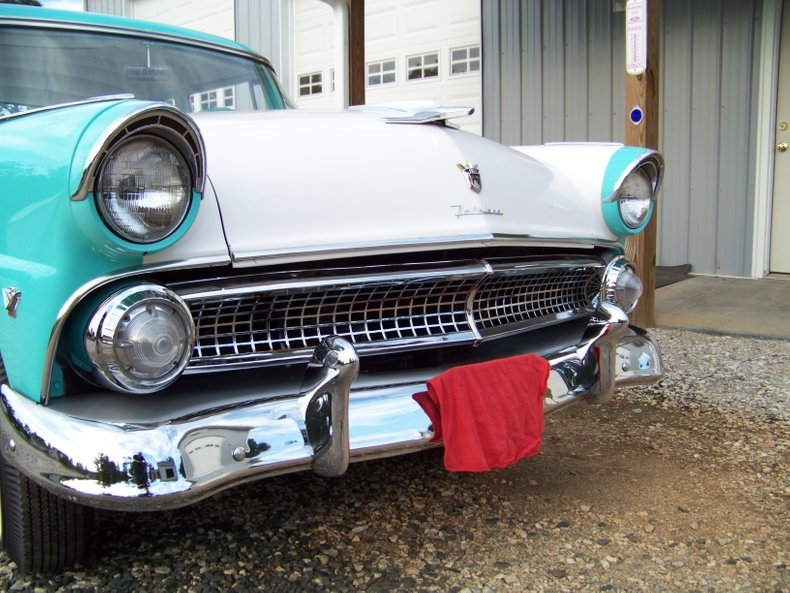 1955 ford fairlane club sedan