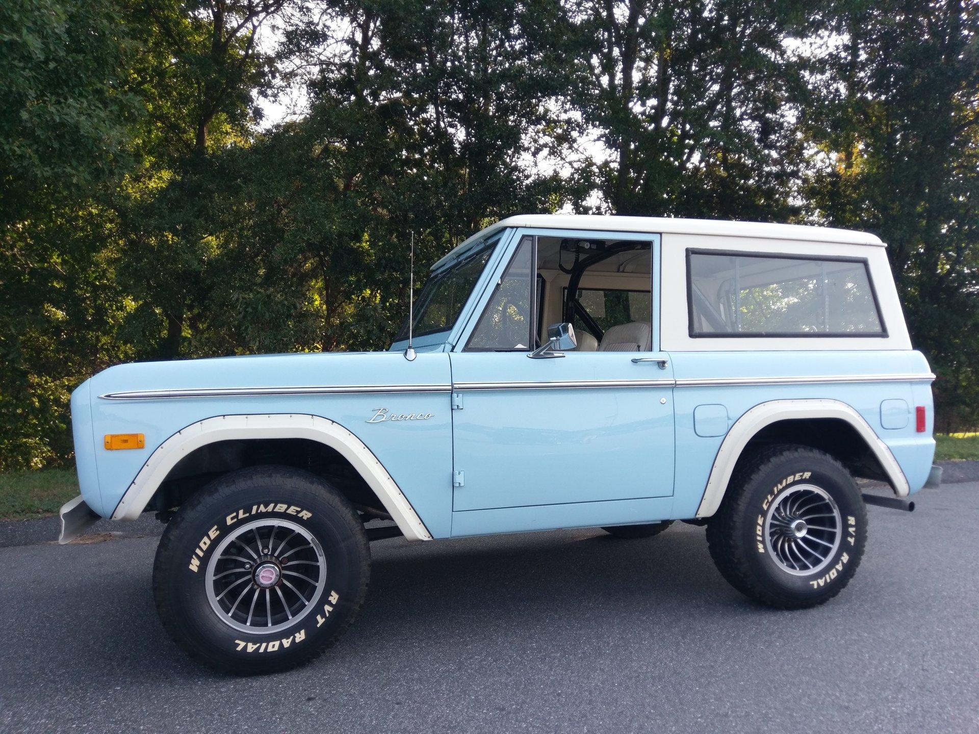 1977 ford bronco wagon