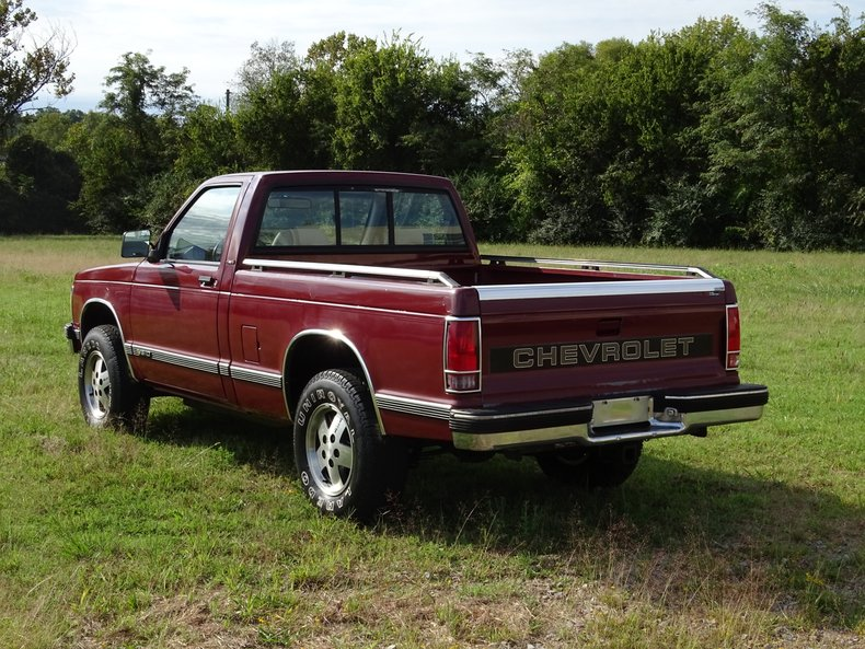 1992 chevrolet s10 tahoe