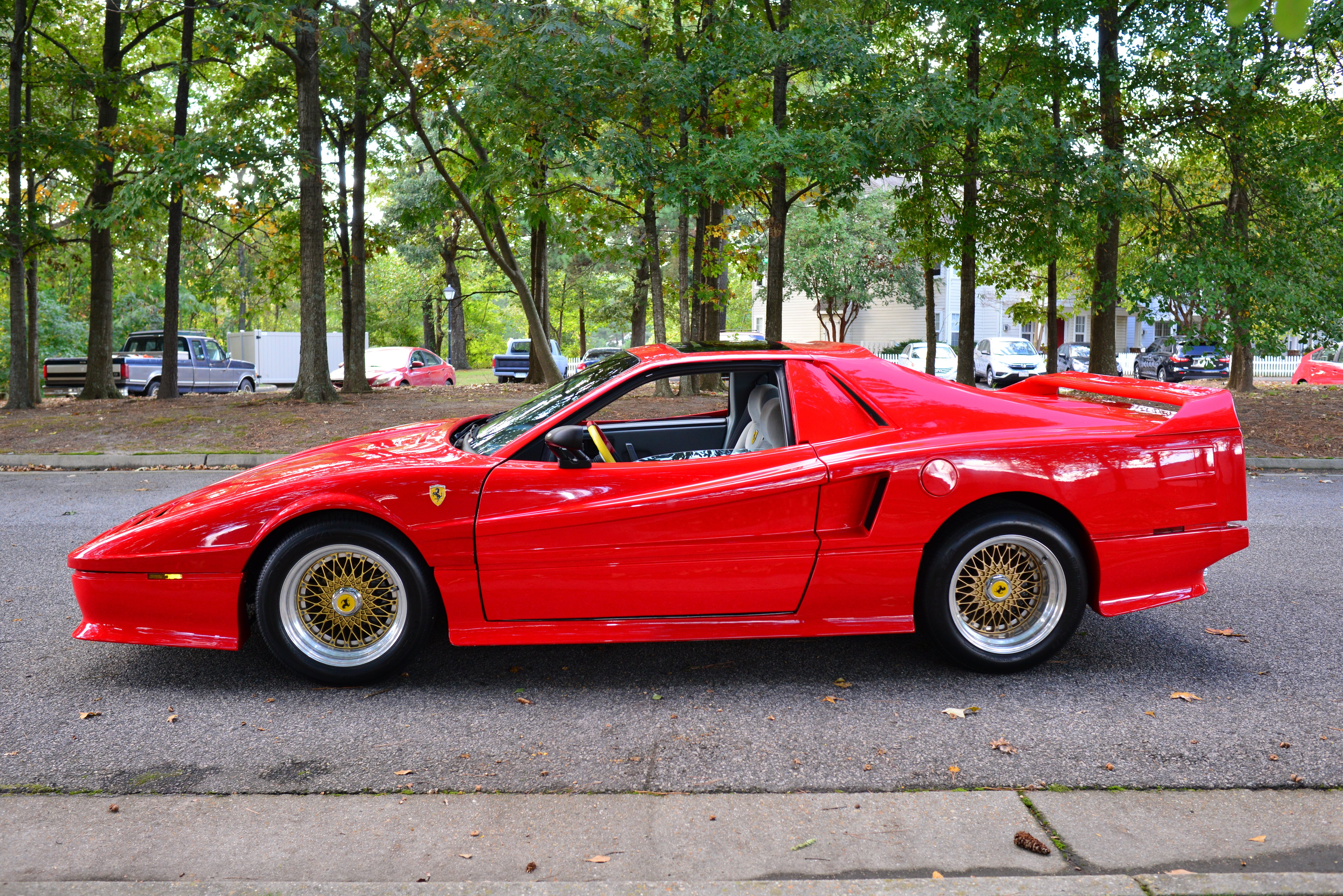 1986 Pontiac Fiero Gaa Classic Cars Gt Ferrari Kit Close