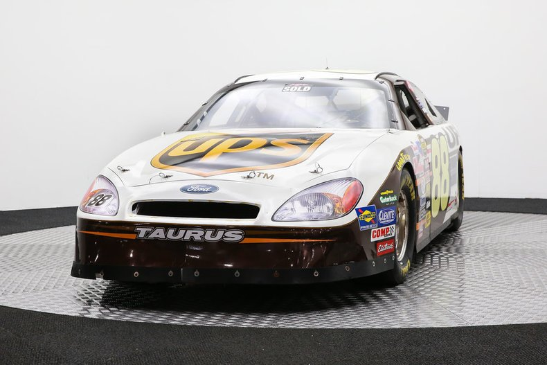 2003 ford taurus nascar 88 re creation