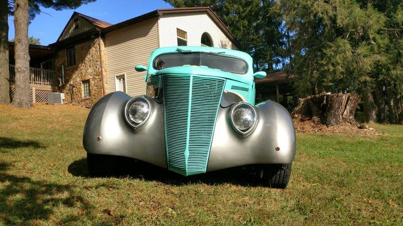 1937 ford split window sedan