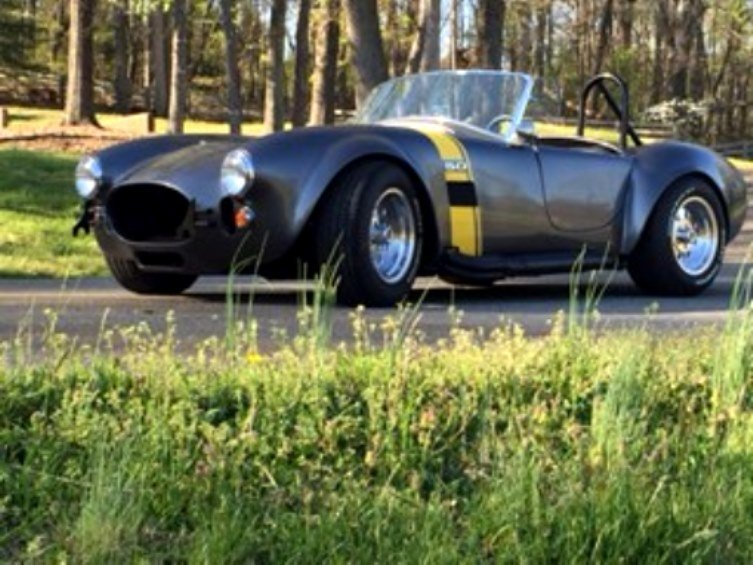 1965 cobra replica factory five