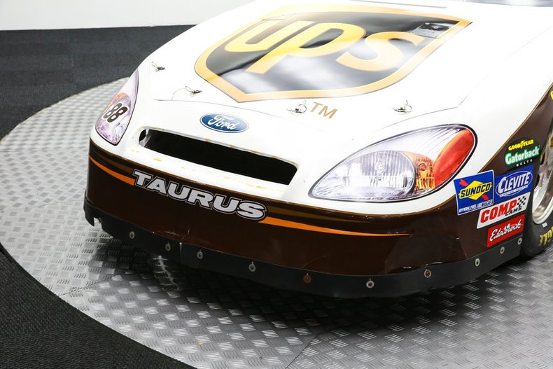 2003 ford taurus nascar 88 re creation
